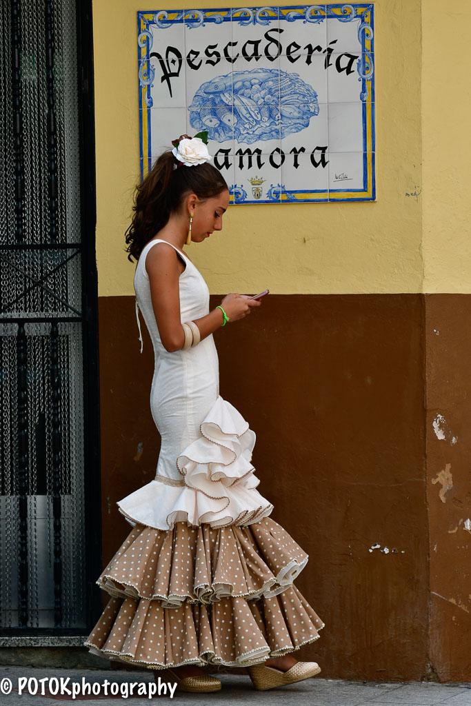 Girl-in-Flamenco-dress-0435.JPG