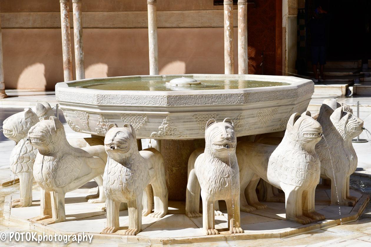 Palacio-de-los-leones-Alhambra-0214.JPG