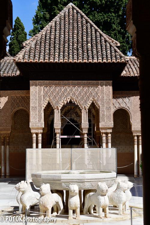 Palacio-de-los-leones-Alhambra-0203.JPG
