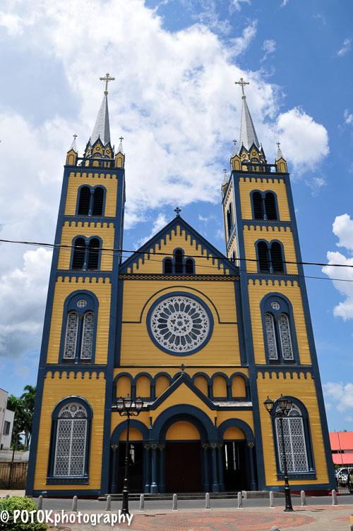 Paramaribo-Petrus-en-Paulus-1501.JPG